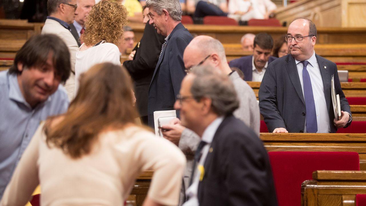Turbulento aniversario del 1-O.Torrent sonríe tras la suspensión del pleno