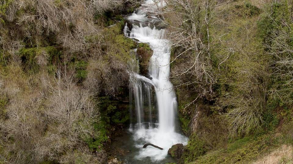 Fervenza del río Barosa, en Barro.