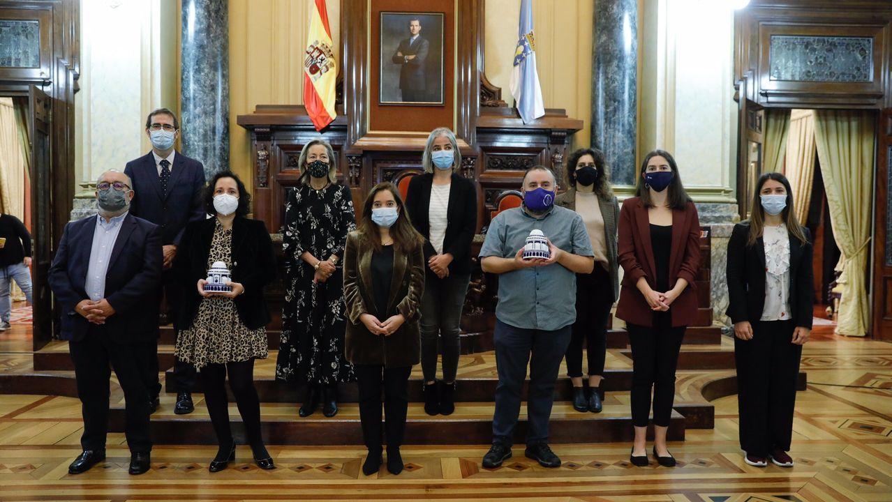 PRESENTACIÓN DEL CLUB DE EMPRESARIOS Y EJECUTIVOS DE GALICIA (CEEG).Imagen de archivo de Eva Martínez Acón y Gonzalo Caballero
