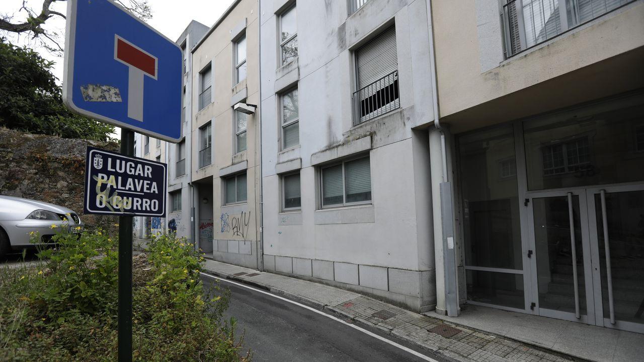 palavea.Estado del exterior de la vieja fábrica de redes, situada en la calle Baterías