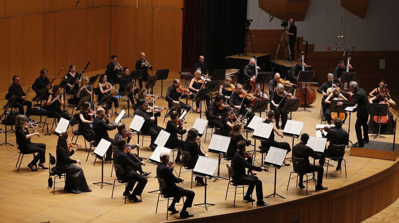 La Orquesta Sinfónica de Galicia, en su primer concierto abierto al público tras el confinamiento