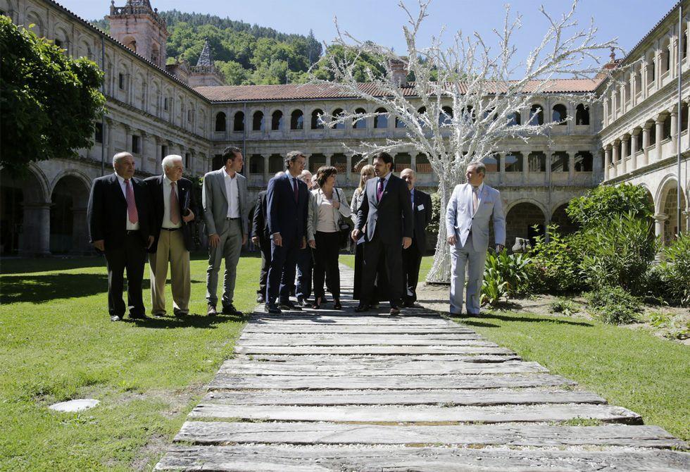 El encuentro anual de la emigración gallega se celebró en el monasterio de Santo Estevo.