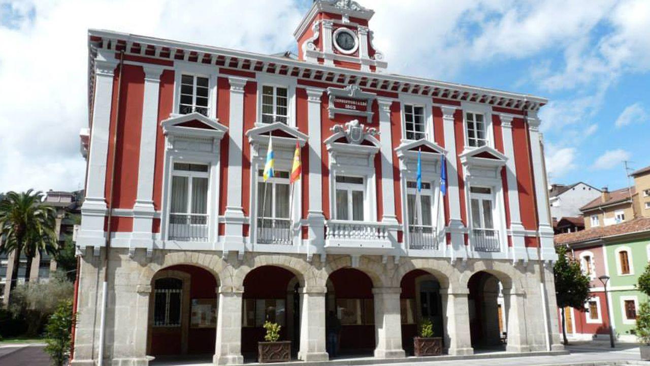 Ayuntamiento de Mieres.El concejal de Economía y Empleo, Rubén Rosón