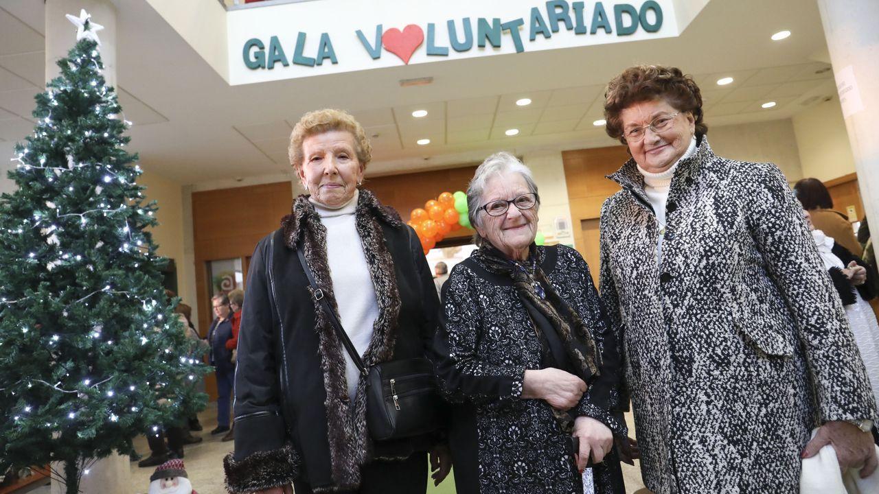 Concejalas de Podemos-Equo, en el pleno de Gijón
