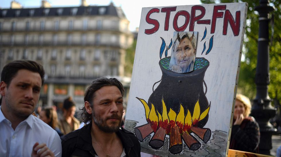 Este jueves, en «A 2 Bandas»: ¿Es exigente el sistema educativo?.El ultraderechista francés, Steeve Briois