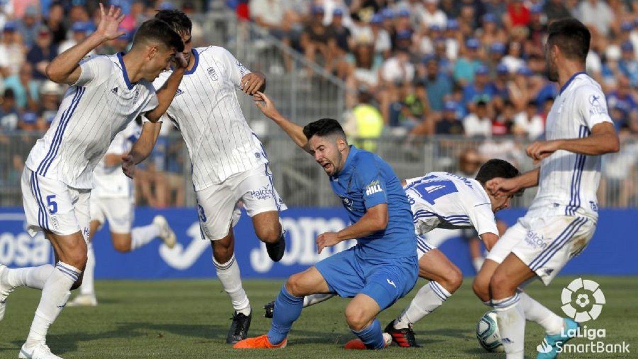 Hugo Fraile cae entre Arribas, Javi Fernández, Jimmy y Diegui