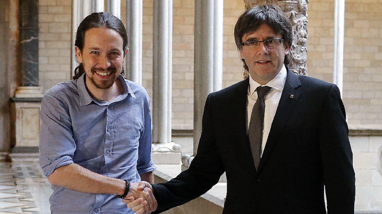 Iglesias y Puigdemont en una foto de archivo