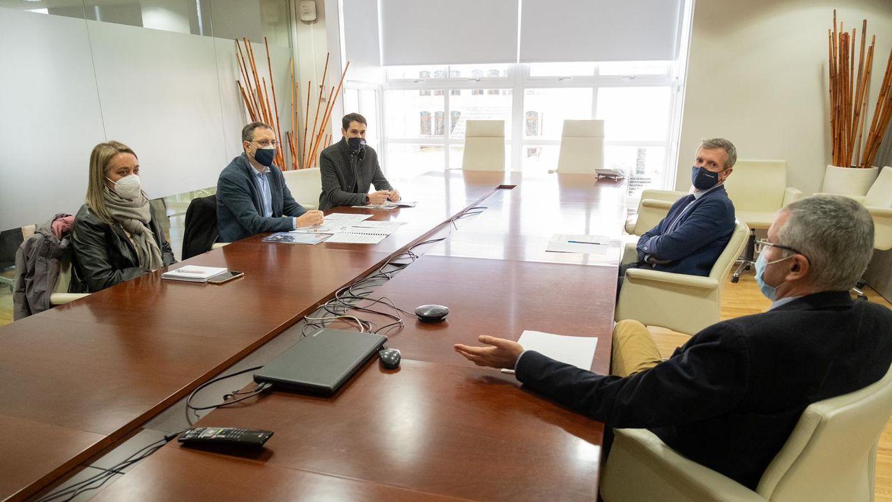 Los respondables del Sindicato Unificado de Policía (SUP) durante la reunión que mantuvieron con el vicepresidente Rueda