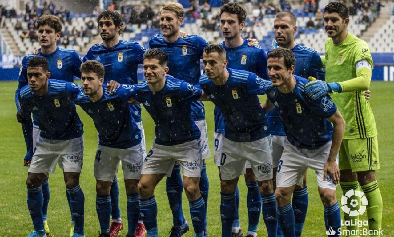 Alineación del Real Oviedo ante el Rayo Vallecano
