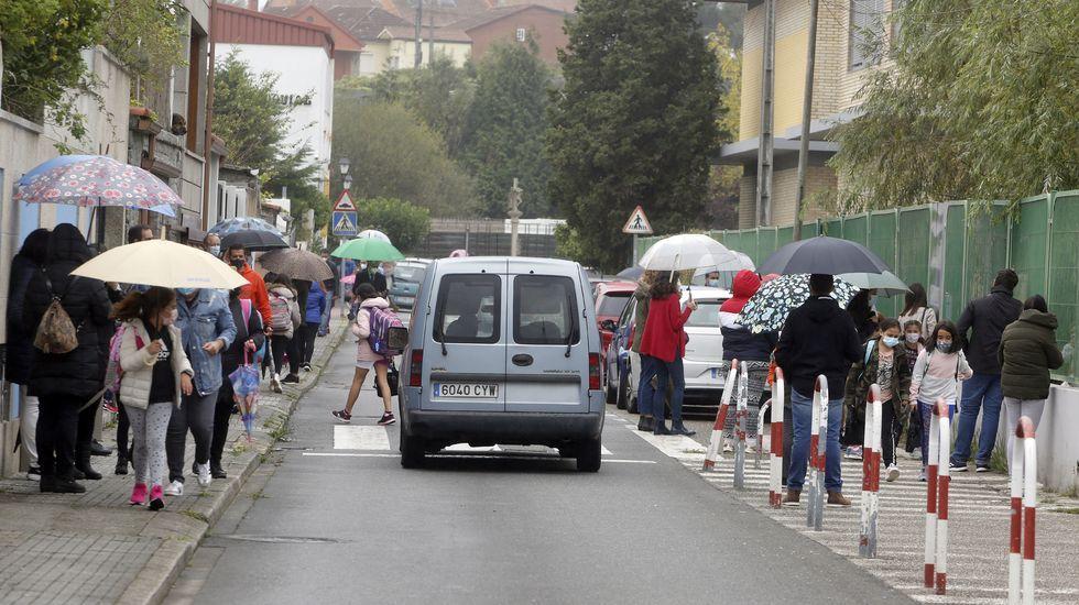 Las salidas en los colegios de infantil y primaria son momentos de aglomeración, habitualmente sin espacio para mantener la distancia de seguridad