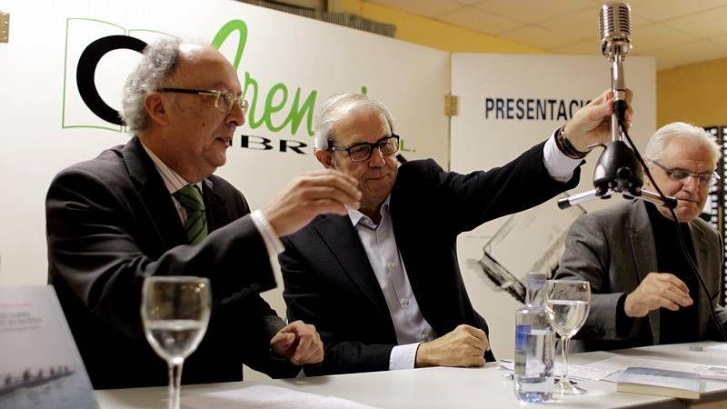 Garmendia y Barcón consiguieron llenar la Casa del Pueblo en el primer debate de las primarias.