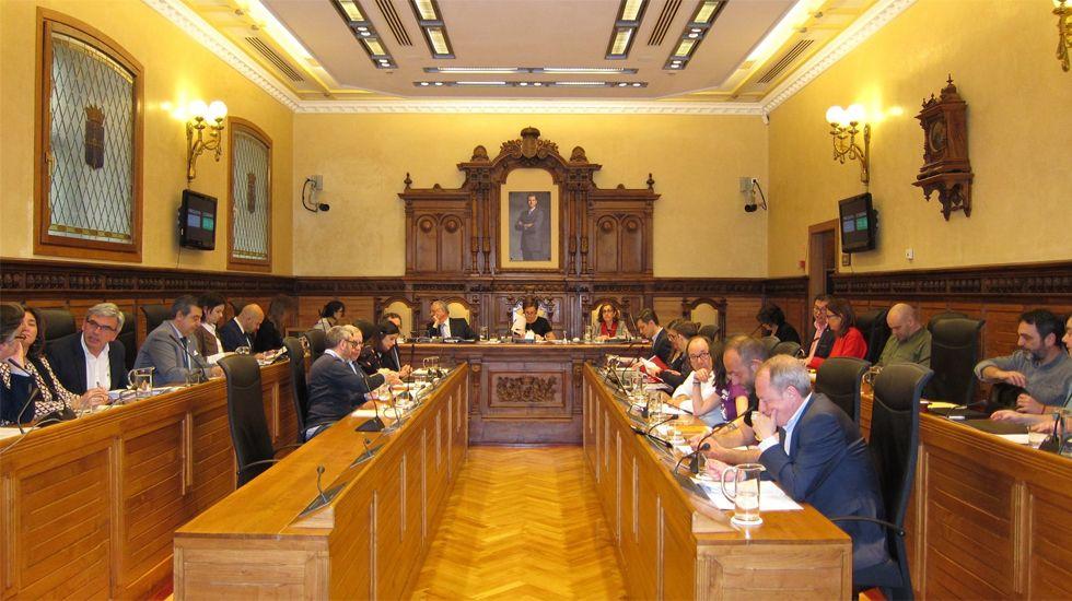 Los Locos esperan sitio en el callejero de Gijón.Pleno del ayuntamiento de Gijón