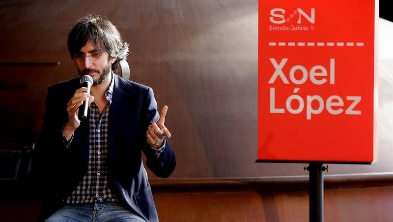 Xoel López recogió diferentes escenas de la ciudad en  Tierra .Xoel López en la presentación de su gira de invierno