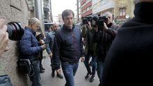 El alcalde de Sada, saliendo de la Audiencia de A Coruña tras la primera actuación judicial sobre el pazo de Meirás
