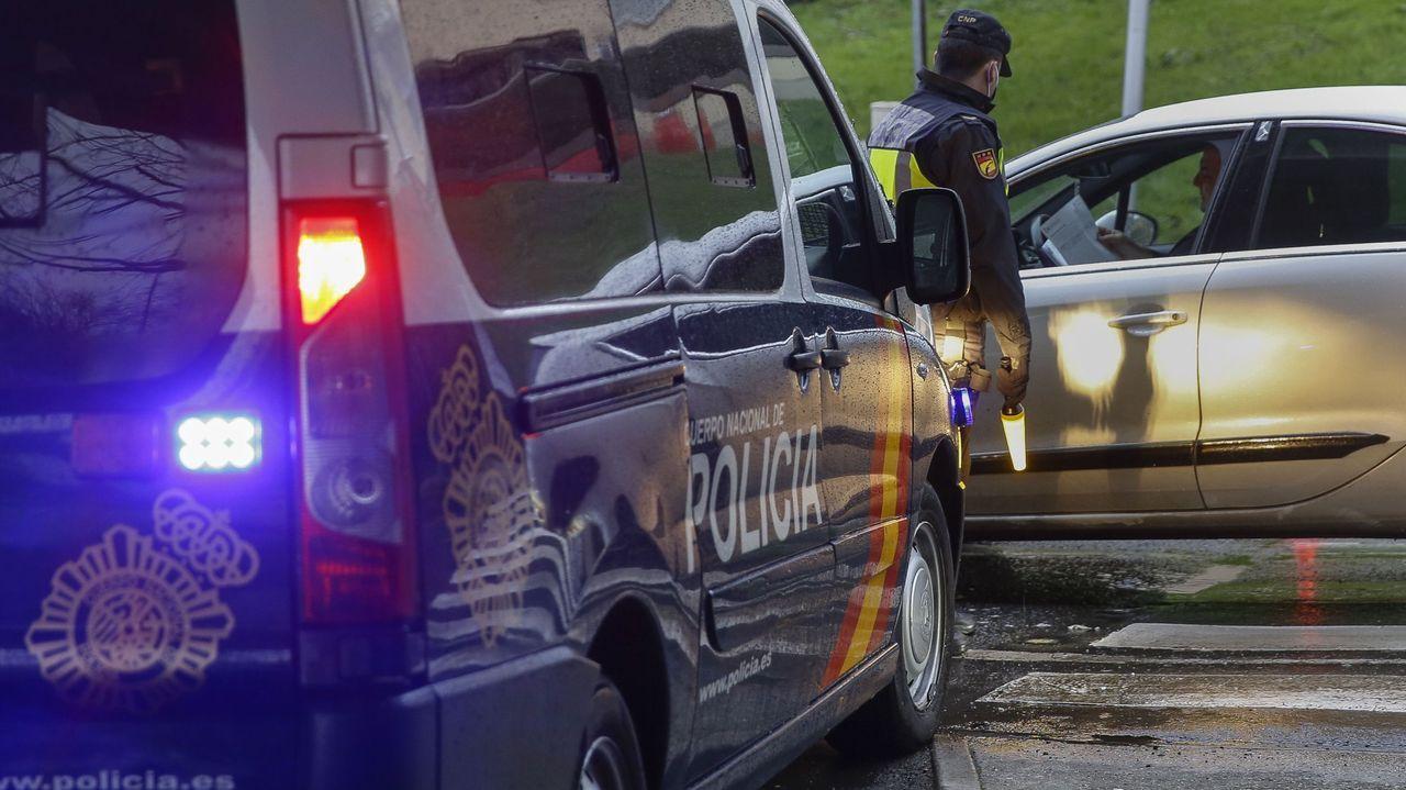 Detenido en Santiago un grupo que venía desde Ourense para robar en perfumerías