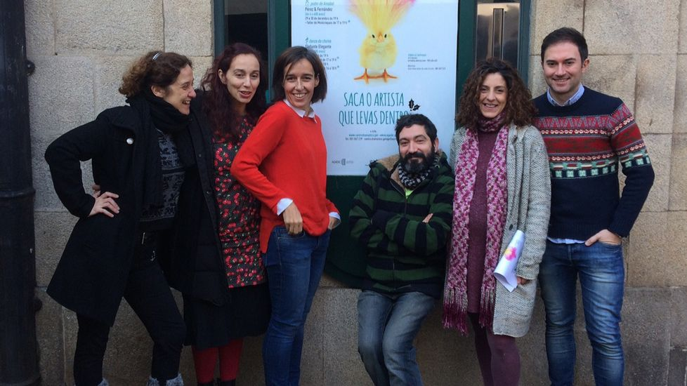 Intervención rueira de alumnos dun Ciclo de Teatro da Universidade de Santiago