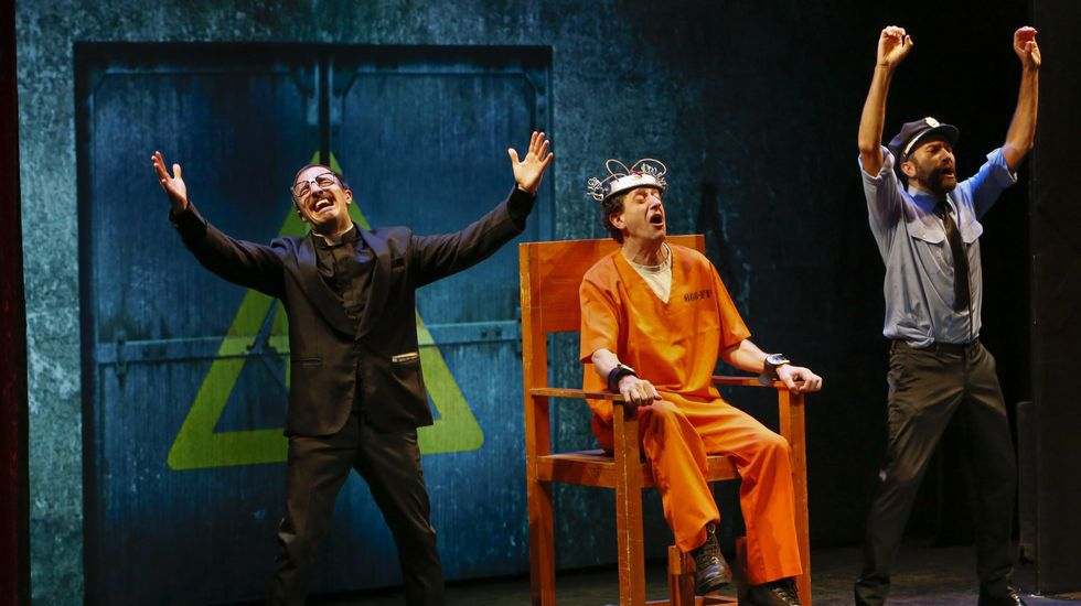 Mimo y «clown» exquisitos con sello belga el pasado 22 de octubre. «Slips inside», de la compañía Okidok