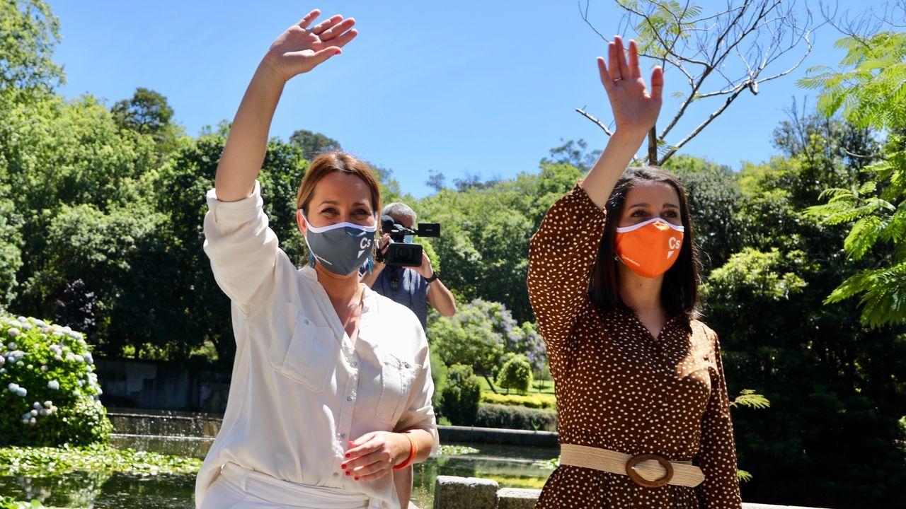 Beatriz Pino e Inés Arrimadas, ayer en Vigo