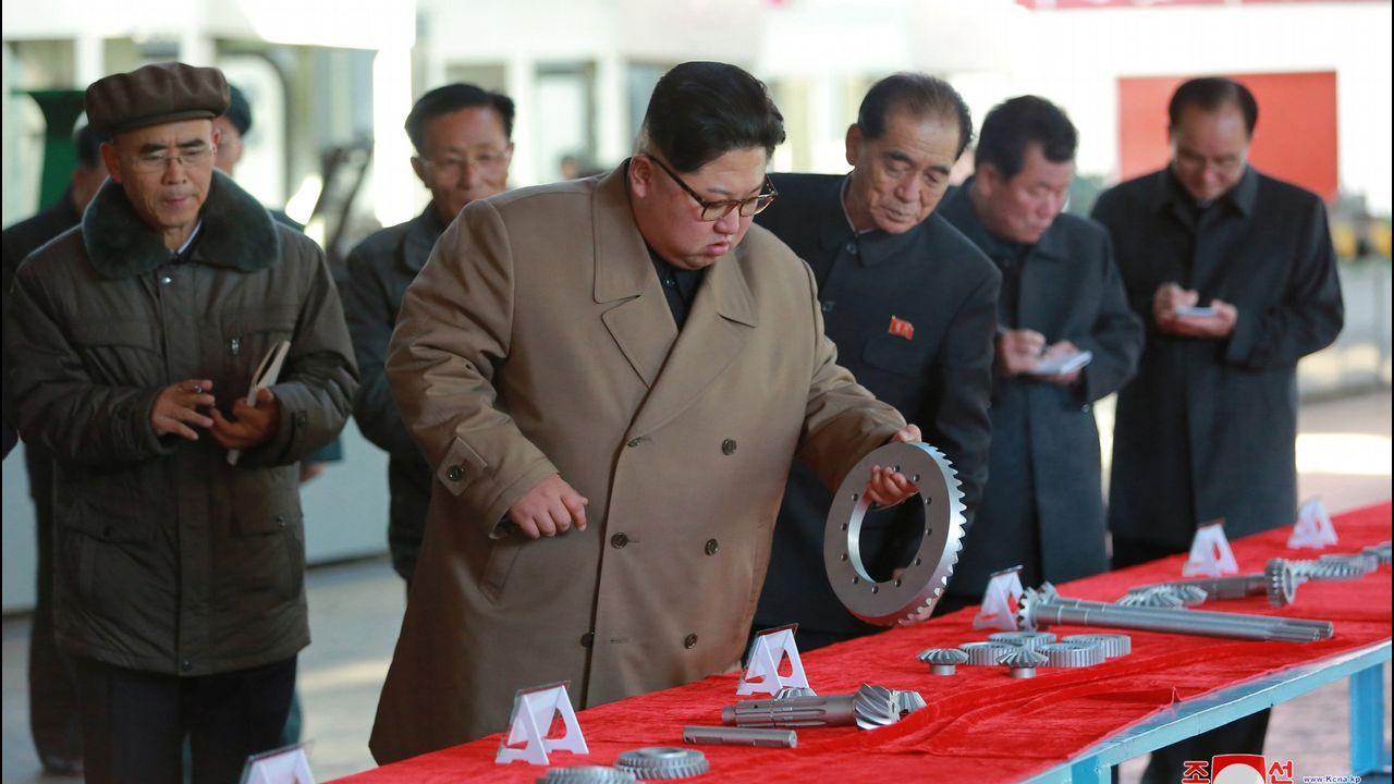 Corea del Norte lanza un nuevo misil balístico tras dos meses de inactividad.Kim Jong-un