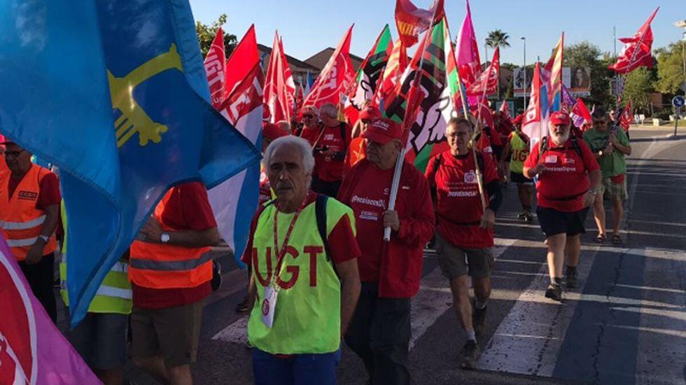 Marcha de jubilados reclamando pensiones dignas.Manuel Marín, durante el XXVII aniversario de la Constitución, en el 2005