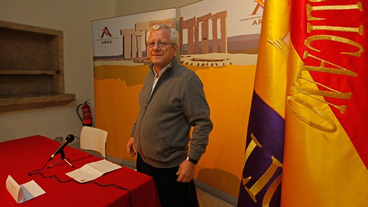 Jorge M. Reverte, en un acto del Ateneo Republicano de A Coruña en el año 2012