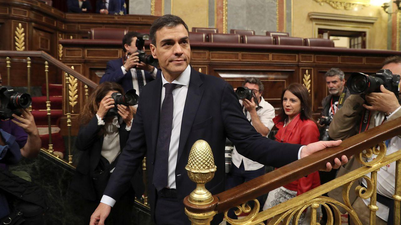 «La moción de censura es legítima y constitucional», subrayó Pedro Sánchez en su réplica a Hernando.