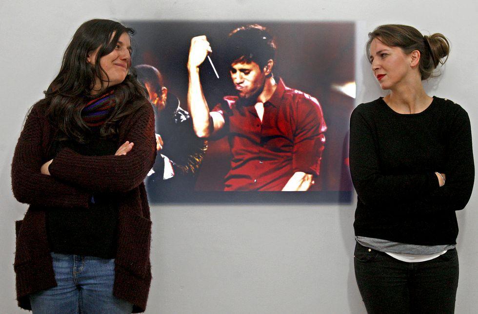 «Noche y de día», el polémico videoclip de Enrique Iglesias grabado en Galicia.Cristina Navia y Susana Maceiras dudan de la utilidad promocional del vídeo de Enrique Iglesias.