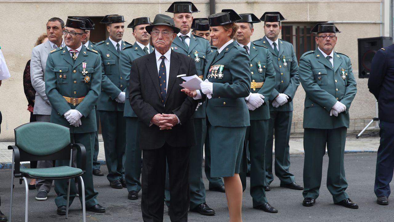 ACTO INSTITUCIONAL CASTRENSE DEL DÍA DEL PILAR.Uno de los condecorados fue Manuel Vázquez, guardia civil jubilado que va a cumplir cien años