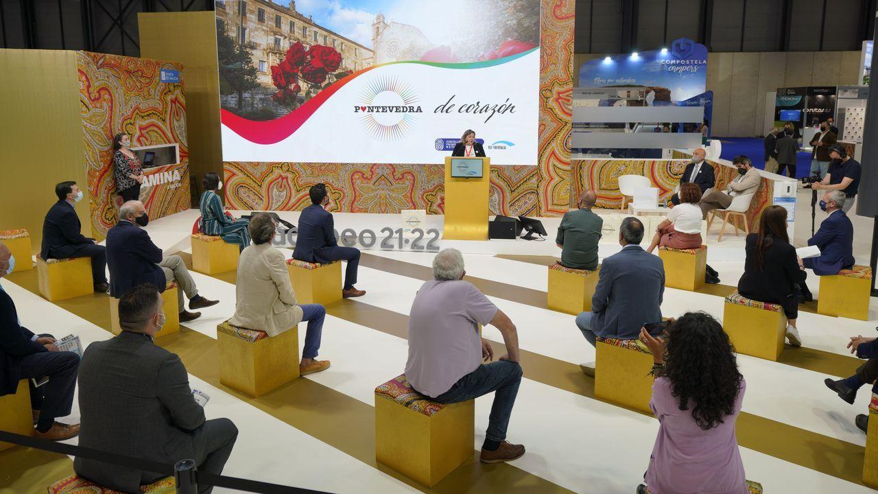 Presentación de la campaña turística Camiña Galicia del Xacobeo 21-22.La concejala de Turismo y Promoción Económica, Yoya Blanco, durante su intervención en la feria