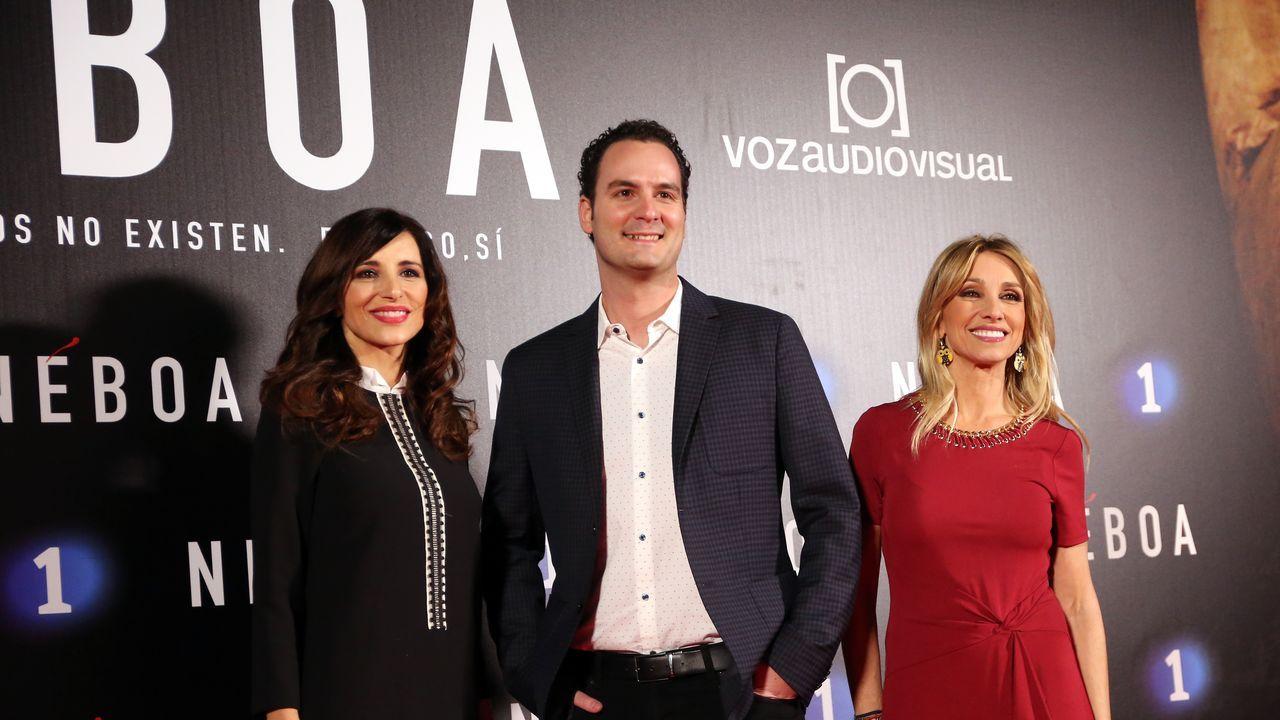 Olga Lambea y Marta Jaumandreu, presentadoras de los «Informativos» de La 1 y Andrés Gómez, de El Tiempo