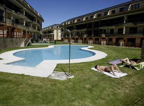 La Urbanización Costa Reinante Spa, en la que en el puente festivo se vendieron siete pisos.