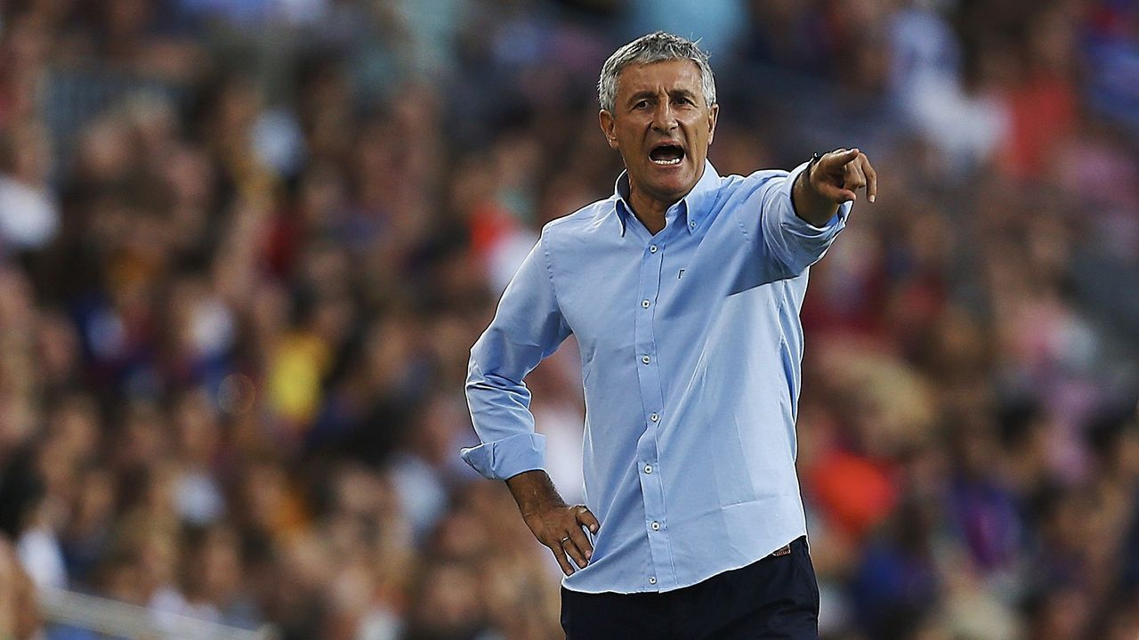 El delantero santiagués Borja Iglesias visitó su ciudad la semana pasada, justo antes de incorporarse a la pretemporada del Betis
