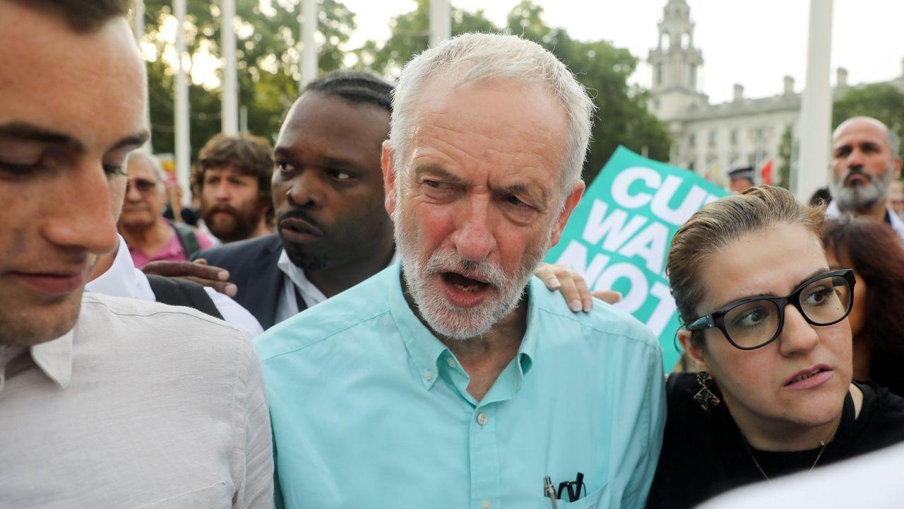 Corbyn reclama el respaldo del resto de la oposición y del ala moderada conservadora para derrotar a Johnson