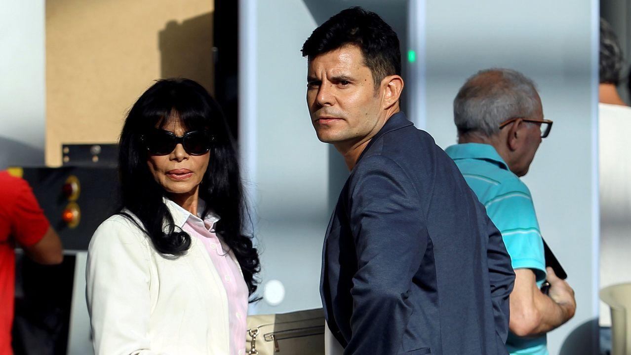 Javier Santos, al que la Justicia ha declarado hijo de Julio Iglesias, ha recibido ofertas de inversores estadounidenses, interesados en hacerse con sus derechos hereditarios