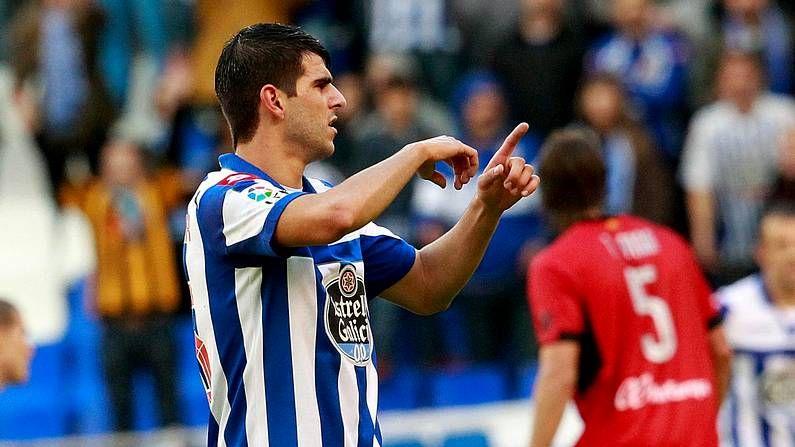 Fotos del Deportivo de La Coruña 2 - Betis 3.Nélson Oliveira, pidiendo el cambio tras su lesión
