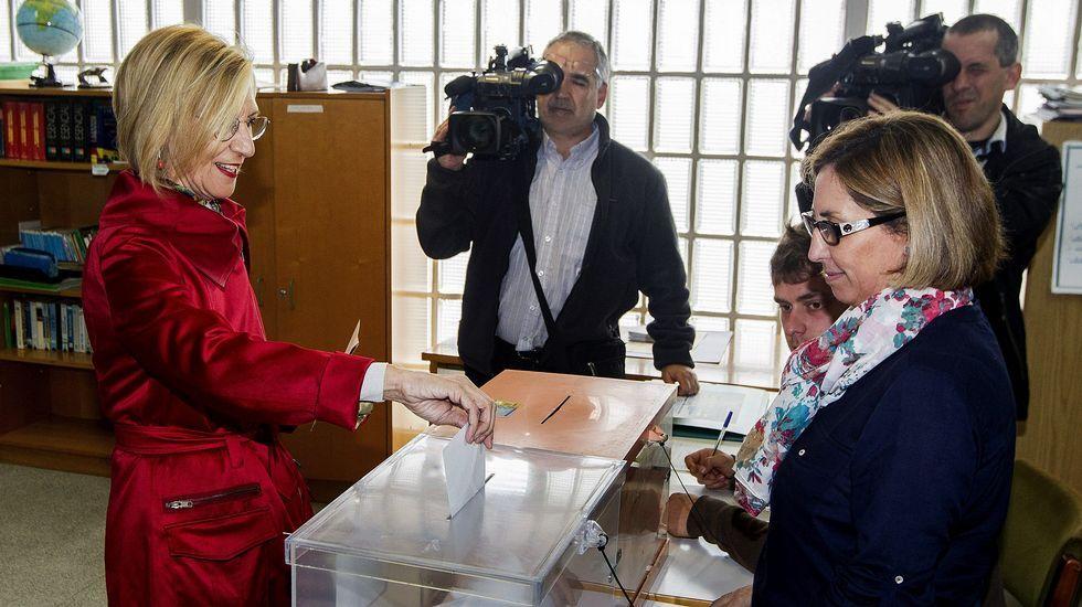 «No presentaré mi candidatura para el Consejo de Dirección».a portavoz nacional de UPyD, Rosa Díez, ha ejercecido su derecho al voto en un colegio de Sodupe, en Güeñes (Bizkaia)