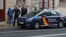 Imagen de un control de la Policía Nacional en una calle