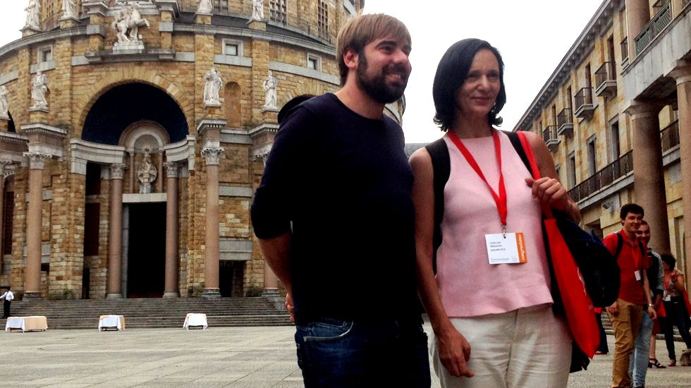 Daniel Ripa y Carolina Bescansa, en la Universidad Laboral de Gijón