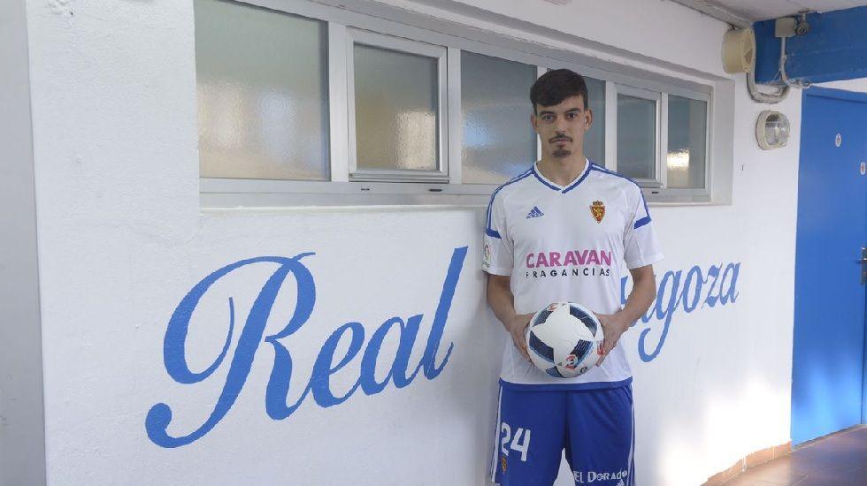 Michu Real Oviedo Nastic Carlos Tartiere.Edu Bedia en su presentación con el Zaragoza