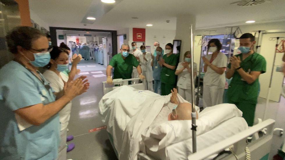 Juan deja la UCI.Juan es el primer paciente con coronavirus que consigue abandonar la UCI