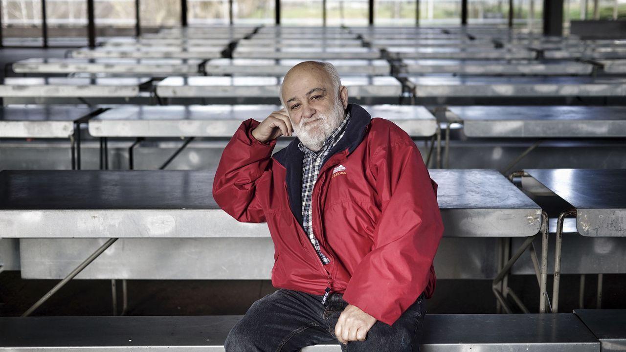 Sepultados por la basura.El investigador asturiano Mario Lebrato