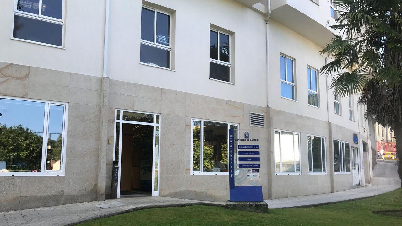 imagen de archivo del edificio adminstrativo del Concello de Cambre