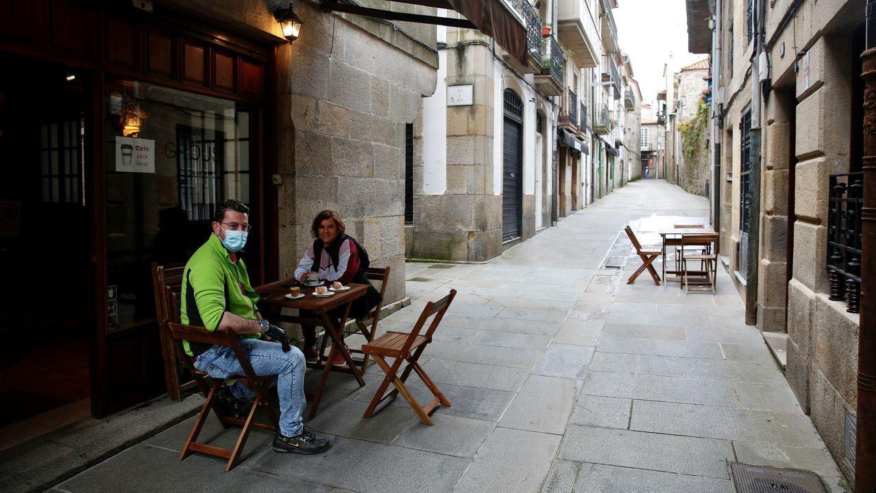 Terraza ocupada en el centro histórico de Pontevedra
