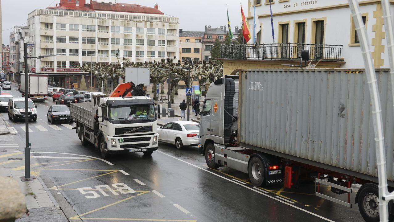 Ordes: veinte camiones en cinco minutos