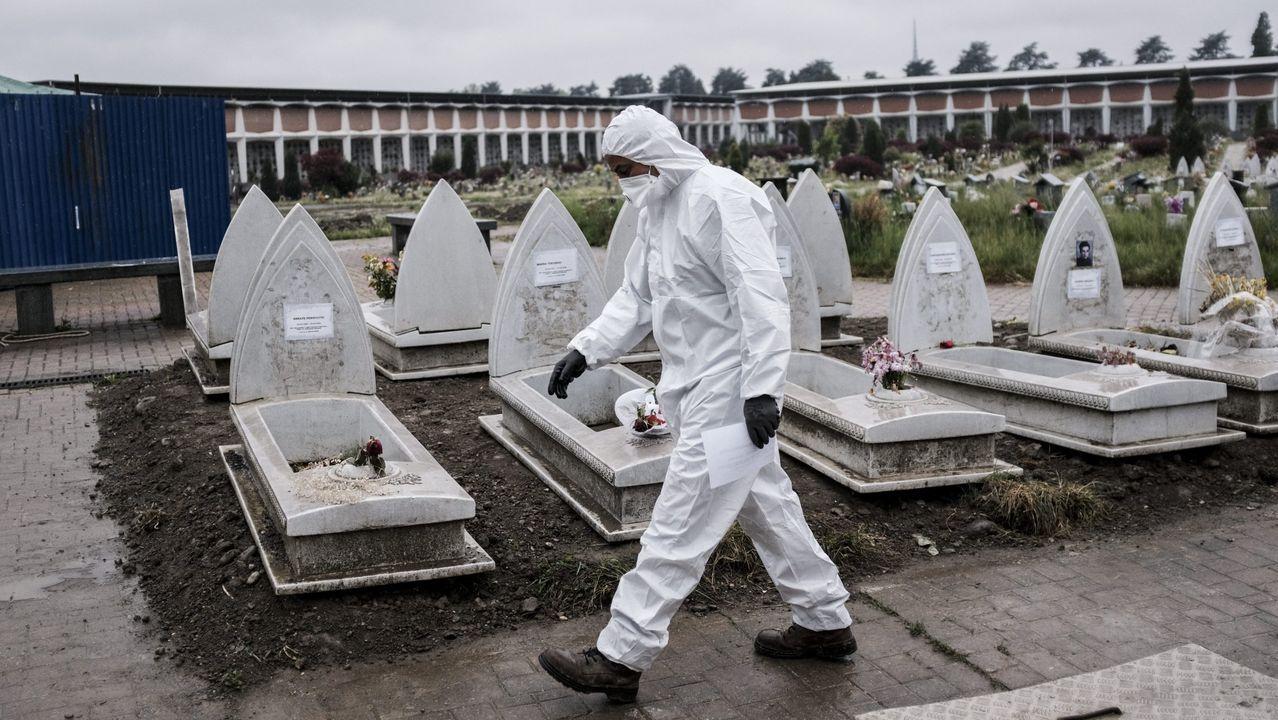 Cementerio de Turín, una de las zonas mas afectadas de Europa por el covid