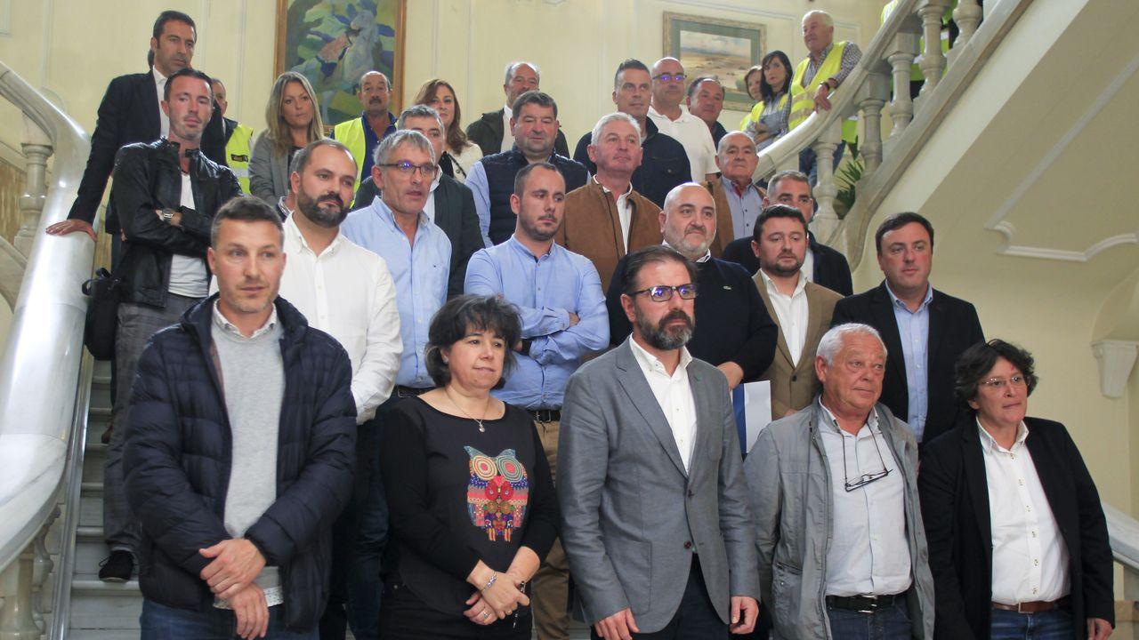 Celebraciones y caras largas tras los resultados del 10N.El líder del PSOE Pedro Sánchez, en la sede socialista de Ferraz