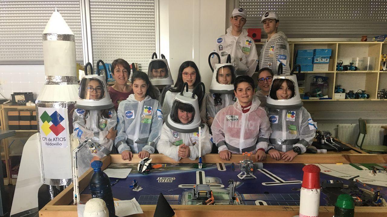 En la imagen, el equipo de la ESO «Frouximakers» del CPI Atios