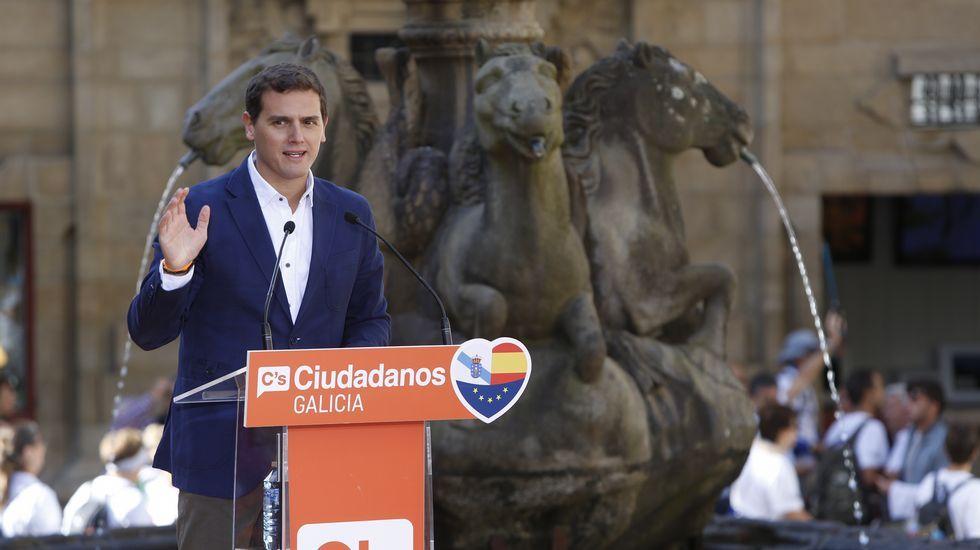 Rivera: «Rajoy ha perdido toda la autoridad».El pleno se celebró todavía con una presencia reducida de diputados