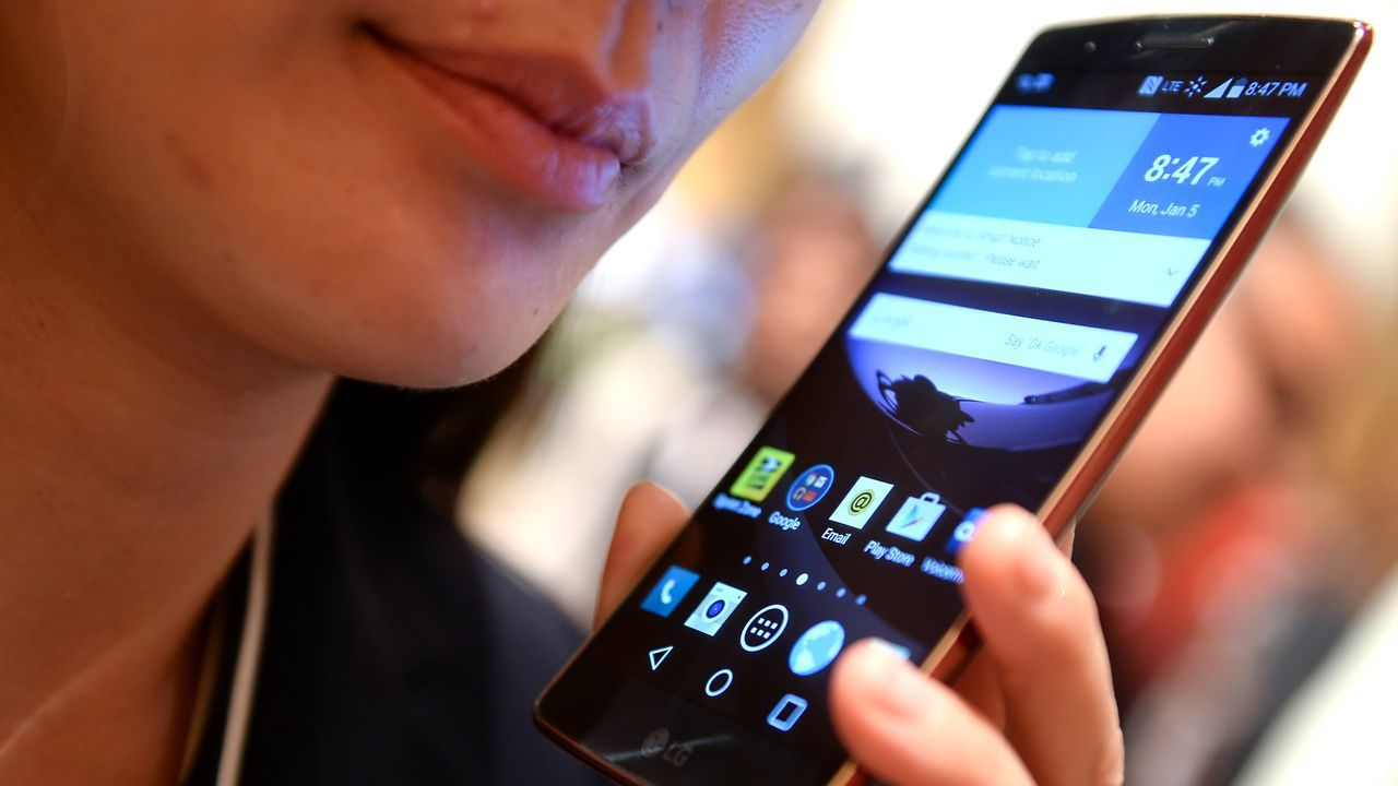 Un móvil LG en la feria CES de Las Vegas del año 2015
