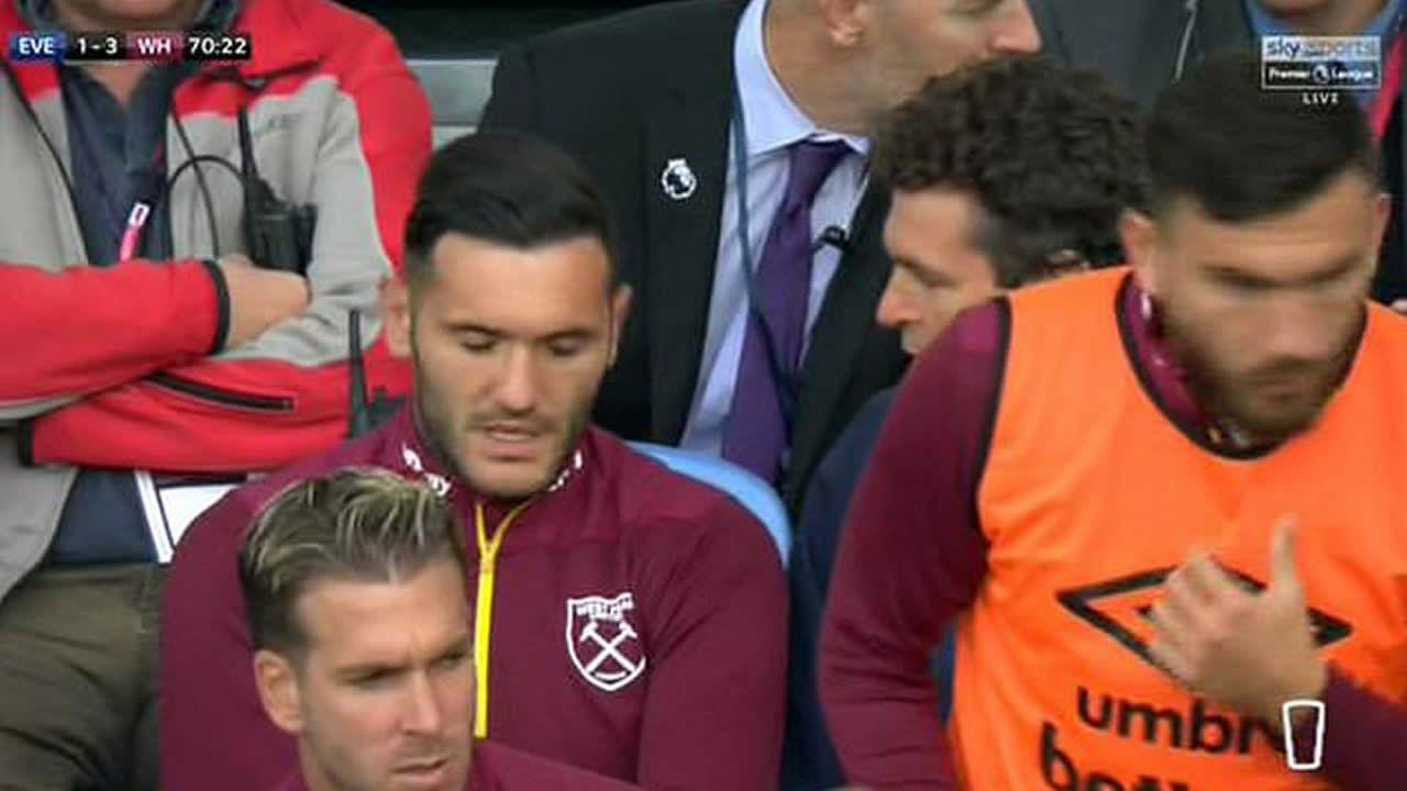 Andone marca saliendo desde su propio campo.Lucas Pérez, este martes tras marcar dos goles con el West Ham